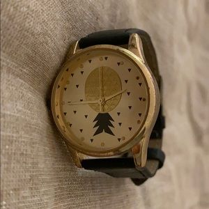 Pineapple Black and Gold Watch